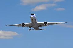 CI0069 TPE-LGW (A380spotter) Tags: approach arrival landing finals shortfinals threshold belly airbus a350 a350xwb™ xtrawidebody extra 900 b18910 中華航空股份公司 chinaairlines chinaairlinescoltd cal ci ci0069 tpelgw runway26l 26l london gatwick egkk lgw