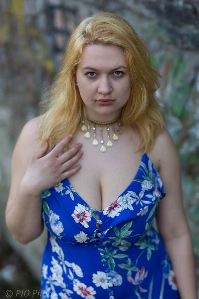 Woman bbw outdoor blonde
