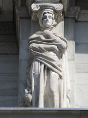 Mysterious Woman Dame Winter Caryatid NYC 5433 (Brechtbug) Tags: stone ladies courthouse roof statues across from madison square park new york city caryatid atlantid 2018 nyc 07152018 art architecture gargoyle gargoyles statue sculpture sculptures facade figures column columns court house law government building lady women woman figure form far east buildings mysterious dame winter seasons