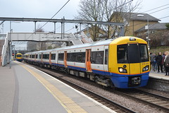 London Overground Electrostar 378203 (Will Swain) Tags: hackney 24th march 2018 greater london capital city south east train trains rail railway railways transport travel uk britain vehicle vehicles country england english class 378 electrostar highbury islington station overground 378203 203