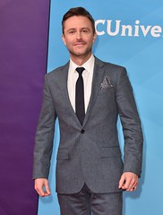 AMC clears Chris Hardwick to return to 'Talking Dead' in August (psbsve) Tags: portrait summer park people outdoor travel panorama sunrise art city town monument landscape mountains sunlight wildlife pets sunset field natural happy curious entertainment party festival dance woman pretty sport popular kid children baby female cute little girl adorable lovely beautiful nice innocent cool dress fashion playing model smiling fun funny family lifestyle posing few years niña mujer hermosa vestido modelo princesa foto curiosidades guanare venezuela parque amanecer monumento paisaje fiesta