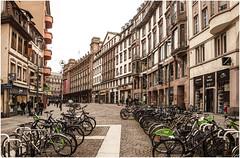 169- BICIS EN ESTRASBURGO (--MARCO POLO--) Tags: rincones ciudades hdr bicicletas curiosidades