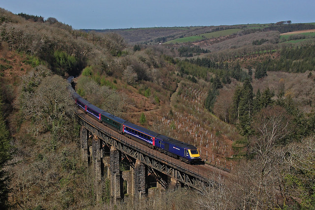 43024+43177 on the 1A85 1000 Penzance to Reading at Largin viaduct on the 18th April 2018. Only as far as Reading due to a power supply failure by PKS railway photography -