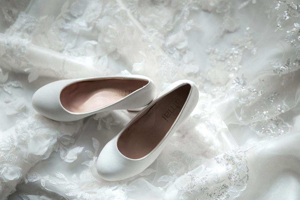 0006婚禮紀錄-婚攝-尊爵天際大飯店-白紗-高跟鞋