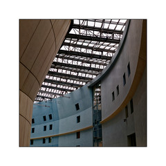 Cité de la Musique -3- (Jean-Louis DUMAS) Tags: blanc architecte architecture architect courbes fenêtre windows art artistic artistique abstrait abstraction abstract lignes géométrique building