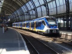 P7031653a SNG 2710 Asd (HenryTransport) Tags: spoor treinen spoorwegen trains railways amsterdam amsterdamcs sng