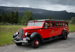Red Bus (Jim Frazier) Tags: 2018 201807montana 201807montanagreatfallstokalispell antique automobiles bus cars classic classiccars dad equipment glaciernationalpark jimfraziercom july machinery machines mountains nationalpark nps red redbustours rockymountains summer transportation vacation vehicle vehicles vintage q3 jfpblog instagram