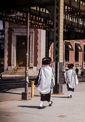 Brooklyn (Cyrielle Beaubois) Tags: 2016 canon50mm14 canoneos5dmarkii cyriellebeaubois newyork newyorkcity jewish jews hassidique brooklyn streetphotography street hasidic hasidism people men ny usa america unitedstatesofamerica city