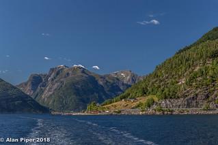 Hella - Vangsnes ferry Sognefjorden