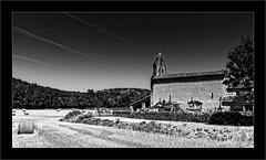 Chapelle St-Martin (Jean-Louis DUMAS) Tags: black white hdr noir blanc noiretblanc nb bw champ summer été landscape nature campagne church eglise chapelle arbre ciel montagne dxoone