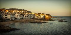 Cae la tarde (Salva Pagès) Tags: calelladepalafrugell calella palafrugell mar sea sunset postadesol tarda tarde atardecer afternoon