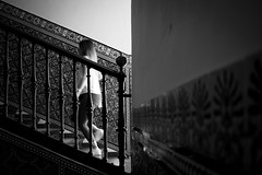 I'm doing nothing but wasting steps (parenthesedemparenthese@yahoo.com) Tags: dem 2018 andalousie andalusia bn espagne espana femme mai monochrome nb noiretblanc spain stairs street textures woman azulejo blackandwhite bnw byn canon600d earthenware ef24mmf28 faïences may printemps realalcazar sevilla seville spring streetphotography wall