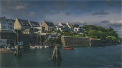 Le Passage  -  le Relecq Kerhuon  -  Bretagne (christophe plc) Tags: boat sea sky house relecq kerhuon finistere bretagne brittany canon 6dmarkii 6dmark2 paysage