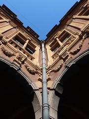 Old Stock Exchange / Vieille Bourse - Lille (DeniseJC) Tags: lille france oldtown oldstockexchange vieillebourse marketsquare drainpipe windows ha