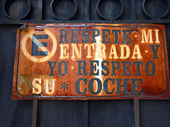'No Parking' sign on a garage door in Coyacan, Mexico (albatz) Tags: garage sign noparking door coyacan mexico