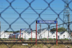 Schaerbeek (Els Herten) Tags: schaerbeek brussels belgium station sign railroad fence word