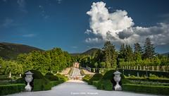 La Granja gardens (Ignacio Ferre) Tags: segovia comunidaddecastillayleón españa spain sanildefonso realsitiodelagranjadesanildefonso lagranjadesanildefonso lagranja paisaje landscape nubes clouds nikon garden jardín parque