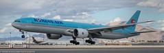 Korean 777 at KLAS (Alaskan Dude) Tags: travel las klas mccarren mccarreninternationalairport planespotting airplanes airliners airliner aviation planewatching