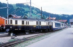 MOB 2002  Zweisimmen  30.06.88 (w. + h. brutzer) Tags: zweisimmen eisenbahn eisenbahnen train trains schweiz switzerland railway triebwagen triebzug triebzüge mob webru analog nikon