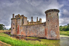 Caerlaverock Castle 14 July 2018 00066.jpg (JamesPDeans.co.uk) Tags: caerlaverock castle forthemanwhohaseverything landscape jamespdeansphotography greatbritain gb printsforsale stone roundtower objects camera hdr caerlaverockcastle historicscotland ruins unitedkingdom dumfriesgalloway sandstone scotland britain geology tower wwwjamespdeanscouk history architecture chimneys landscapeforwalls europe uk digitaldownloadsforlicence