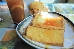 Mido Cafe (tomosang R32m) Tags: 美都餐室 mido cafe midocafe 廟街 香港 九龍 templestreet hongkong yaumatei kowloon 油麻地