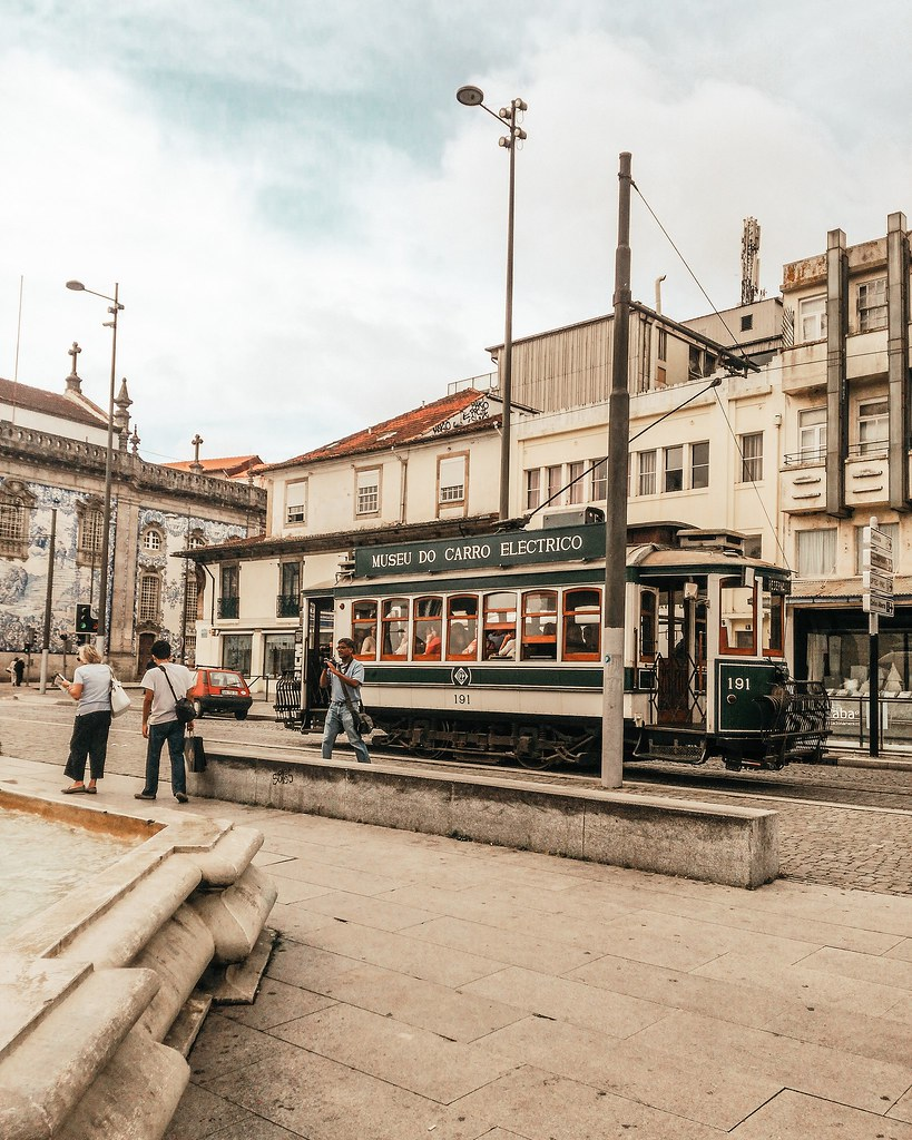 eletrico_porto_portugal