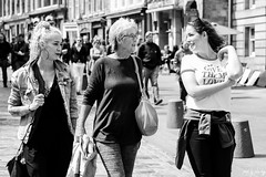Give Them Love (Cycling Road Hog 2018) Tags: blackwhite canoneos750d citylife colour ef50mmf18stm edinburgh fashion monochrome niftyfifty people places royalmile scotland street streetphotography streetportrait style tattoo urban woman
