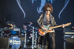 Hollywood Vampires @ Hellfest 2018, Clisson | 22/06/2018 (Philippe Bareille) Tags: hollywoodvampires hardrock american hellfest hellfest2018 clisson france mainstage 2018 music live livemusic festival openair openairfestival show concert gig stage band rock rockband metal heavymetal canon eos 6d canoneos6d musicwavesfr musicwaves musician guitarist guitarplayer joeperry glensobel drummer drums
