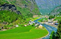 Flam (Carlos M. M.) Tags: norway noruega hdr flamsbana flam sony sonyalpha6000 river rio naturaleza nature