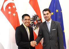 Senior Minister of State von Singapur bei GS Peterlik