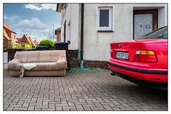 Das Sofa (NC-Hermann) Tags: color leicaq street