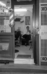 (wigmore126) Tags: haircut barbershop barber kodak epsonv500 analogblackandwhite streetphotography sanfrancisco chinatown film olympusmjuiii3580 trix