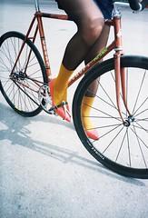 offside 2018. lviv. (Yaroslav F.) Tags: спорт спринт спецзаказ order special 1986 thorax campagnolo futymskyi yaroslav 35mm heels red punk punks bike fixed gear tights хвз khvz