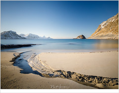 Haukland (nandOOnline) Tags: fjord fjorden fotoreis lofoten noorwegen sneeuw winter haukland strand zand