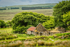 Abandoned (*Capture the Moment*) Tags: 2018 ai clouds farbdominanz hikearoundcroaghpatrick himmel ireland irland landscape landschaft lumlook sky sonya6300 sonye18200mmoss sonyilce6300 wetter wolken cloudy green grün wolkig