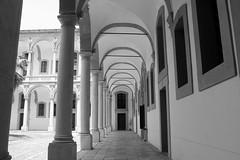 Albergo delle povere (particolare) - Palermo (dona(bluesea)) Tags: albergodellepovere palermo sicilia sicily