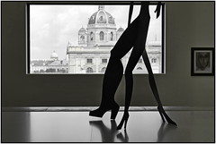 the artistic point of view (christikren) Tags: austria art christikren city exhibition khm leopoldmuseum vienna alexandercalder metal painted threelegs highheels view window shadow silhouette windowwednesdays shoes museum contrast composition design mono wien