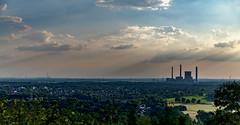 Ruhrgebiet... (st.weber71) Tags: nikon nrw deutschland d850 industrie wolken himmel duisburg kraftwerk häuser wiesen sonne sonnenstrahlen sonnenschein sonnenlicht bäume ruhrgebiet ruhrpott landschaft landscape
