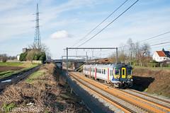 NMBS 964 Famillieureux (TreinFoto België) Tags: nmbs city rail cr 964 klassiek motorstel famillieureux brainelecomte ecaussines la louvière e4384 belgië belgique belgium belgien sncb