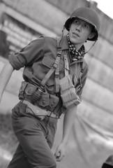"... ""Slightly Out of Focus"" ...  III. Veszprémi Honvédelmi Nap 2018 _ FP2832M (attila.stefan) Tags: stefán stefan attila pentax k50 tamron 2875mm 2018 veszprém honvédelmi napok soldier army slightly out focus portrait portré"