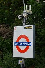 Boston Manor (afagen) Tags: london england uk unitedkingdom greatbritain londonunderground underground tube thetube subway transit bostonmanor sign piccadillyline brentford