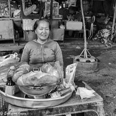 -c20170121-810_2739_ (Erik Christensen242) Tags: vitnam saigon hcmc vendor sandwich bw monochrome face portrait bread