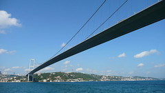 Connecting Continents (Eye of Brice Retailleau) Tags: angle beauty composition landscape outdoor panorama paysage perspective scenery scenic shore view water extérieur côte rivage waterscape eau city urban cityscape travel ville architecture river ciel stream bridge pont europe asia asie turkey istanbul bosphore bosphorus blue sky