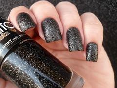 Anita - Eletro Night (Barbara Nichols (Babi)) Tags: anita sand texturizado textura eletronight preto esmaltepreto black blacknailpolish blacknails