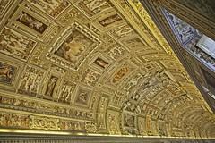Panteón del Arte (Fernando Zuleta) Tags: fz fernandozuleta flickr d800 vaticano papa santidad museo arte estatua esculturas sixtina fiso fernandozuletacuadros