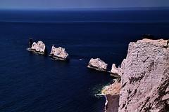 Needles (Fr Paul Hackett) Tags: iskeotwight cliff rock sunshine summer seascape
