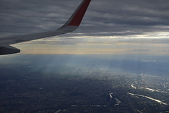 _DSC2762 (Aris_Totel) Tags: sky cloud plane fly hight