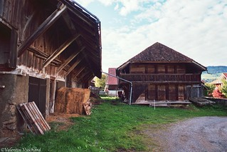 SF - 27A_00177 - The old farm next to the old mansion in the village of Vuippens, Gruyere Region, Switzerland