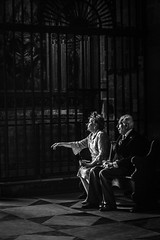 The wedding (Fran Caparros) Tags: seville sevilla catedral cathedral couple old pareja amor love wedding casamiento boda blanco negro white black spain españa andalucia iglesia church europe europa religion catholic catolico art arte life vida sad triste