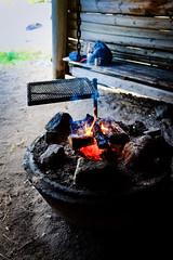 Tag 15 (12) (uwesacher) Tags: schweden unterkunft meer ostsee camp fishing jävrejävrebyn sand strand regenbogen regen gras wasser himmel wald baum feuerstelle